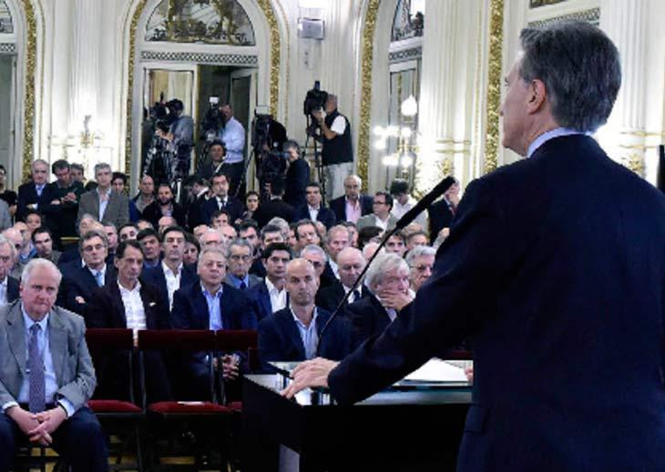 Macri cerró el Mini Davos elogiando a los empresarios