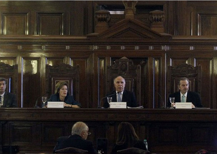 Bordet repudió el fallo de la corte que beneficia a los genocidas