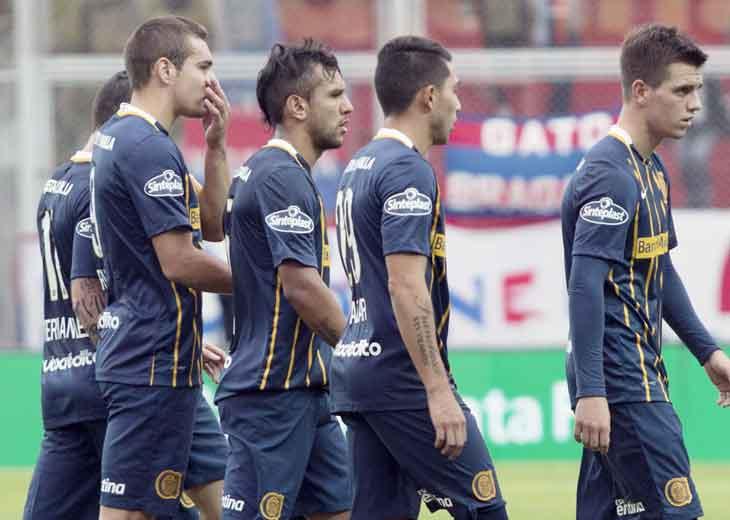 San Lorenzo venció a Rosario Central y acecha al puntero