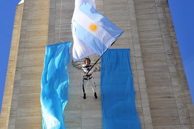 Varisco encabezó el homenaje a Belgrano en el día de la Bandera