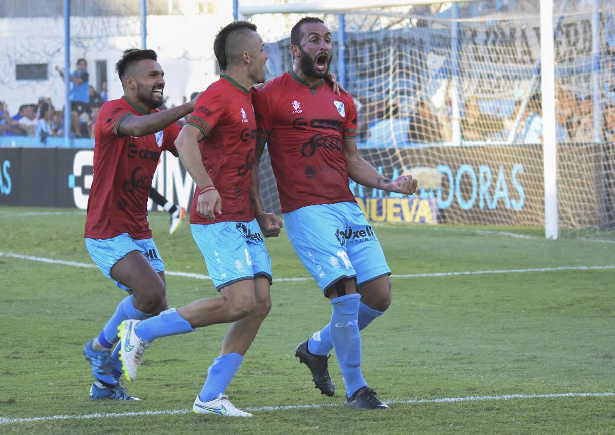 Newell's Old Boys pagó 120 mil dólares por Mauro Guevgeozián