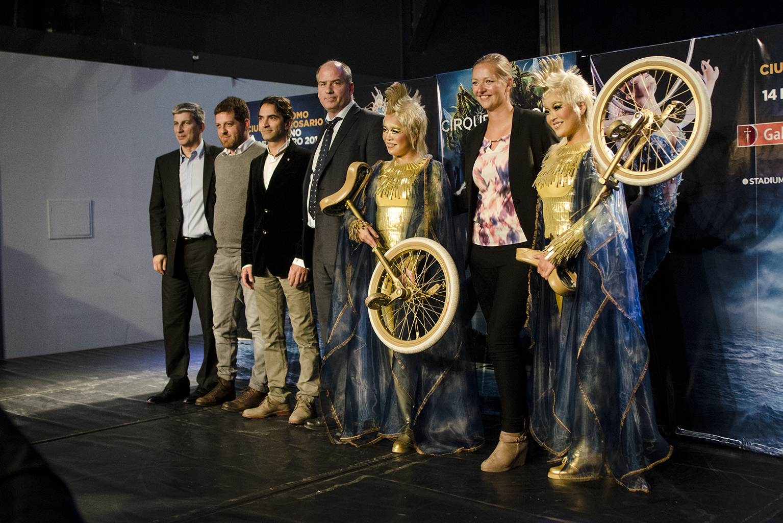 La visita del cirque du soleil tuvo su anticipo con un for Diario el show del espectaculo