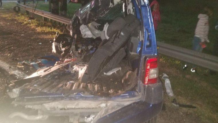 Una familia entera perdió la vida en un accidente: no tenían cinturones