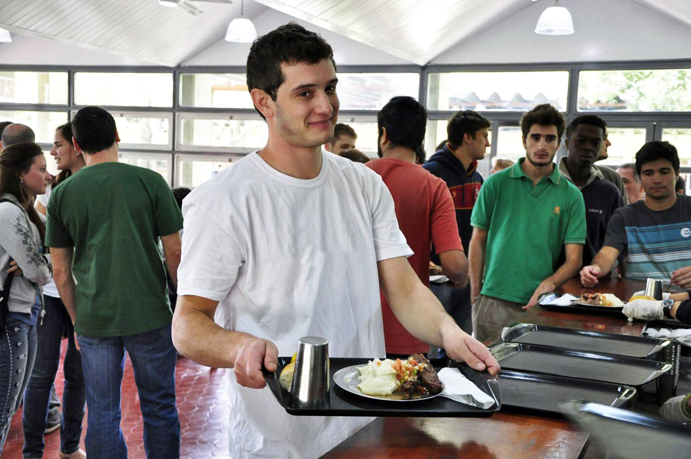 Algo que no aumentó: el menú de los comedores universitarios ...