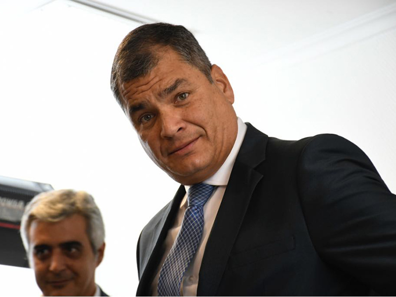 Rafael Correa recibirá hoy doctorado honoris causa en Buenos Aires