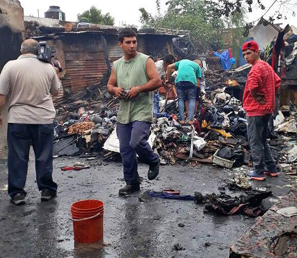 El Fuego Destruy Comedor Comunitario En V A Honda
