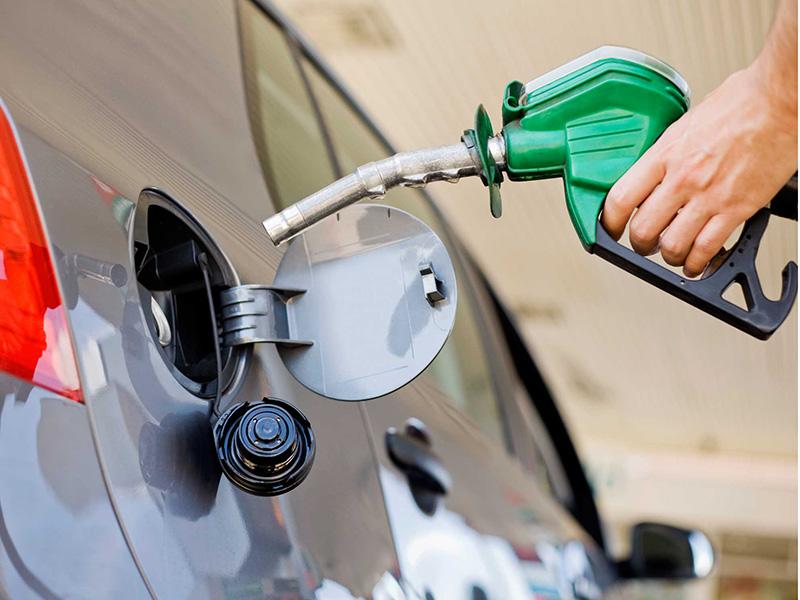 Volvió a aumentar la nafta en toda la provincia