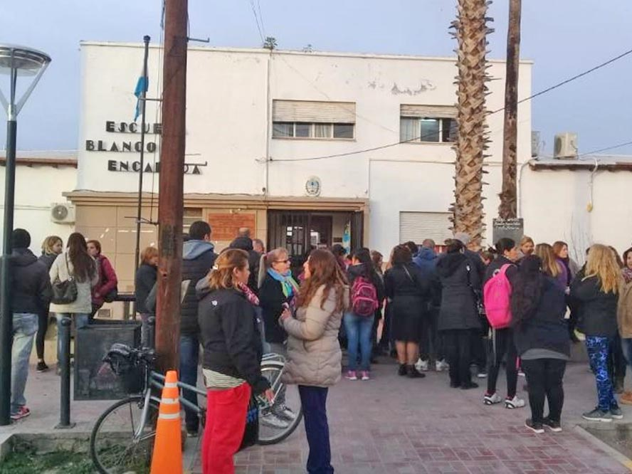 Mendoza: trasladaron de escuela a una docente por usar lenguaje inclusivo
