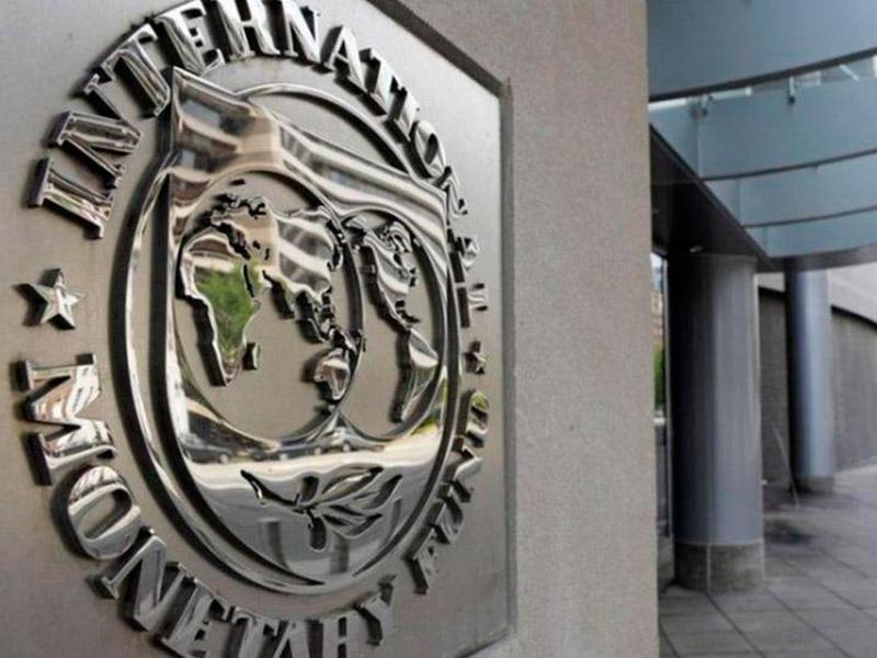 País: El FMI empeoró los pronósticos de inflación y evolución del PBI