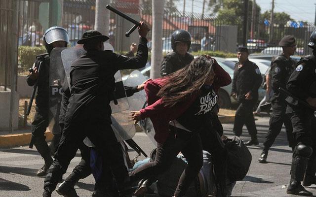 Contabilizan más de 100.000 nicaragüenses refugiados por protestas antigubernamentales | En el Mundo
