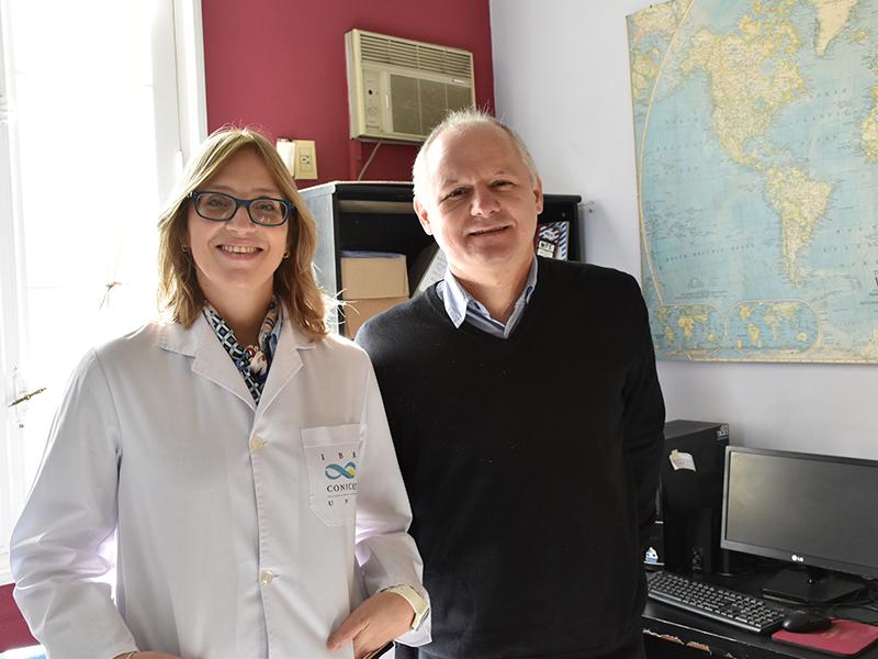 La doctora Ana Laura Cavatorta y el director del CTSP Eduardo Codino.