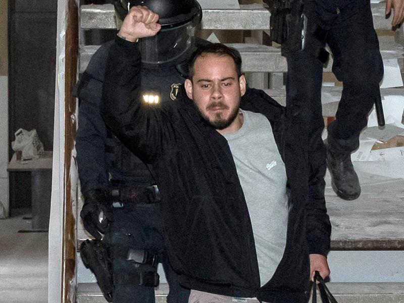 Cantante de rap va a prisión por criticar la realeza — España